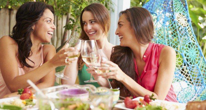 Alkoholos italok diéta alatt? Ezeket ihatod bűntudat nélkül!