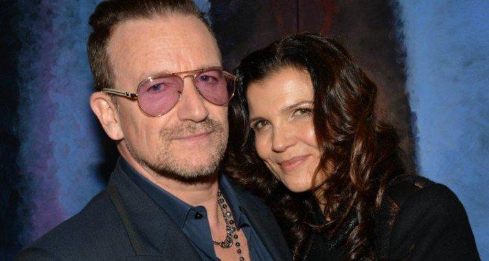 Bono, még mindig első szerelme oldalán