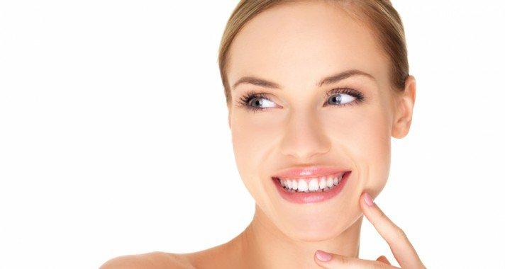 Hogyan fehérítsd a fogaidat természetes módon