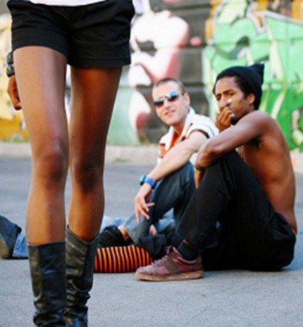 #NoWomanEver - Kampány az utcai szexuális zaklatás ellen