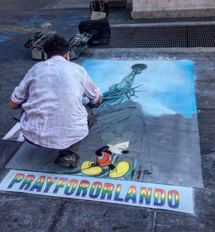 'Miért kell az utcán mutogatni magukat?!' - A New York Pride margójára