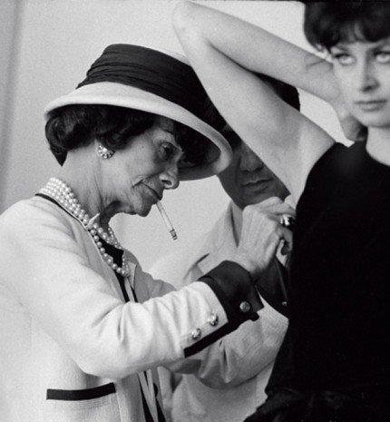A Chanel klasszikusai: 10 alapdarab, amelyet minden nő szívesen hordana